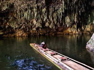 Tham Lod Caves